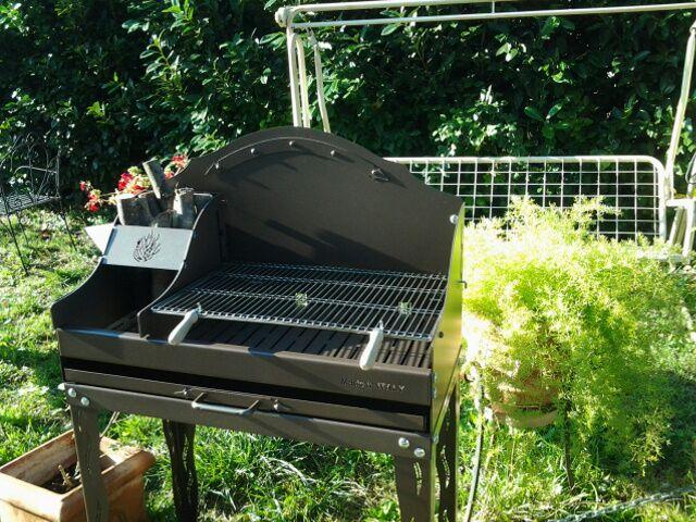Barbecue bbq in ferro battuto vendita online il - Bbq da giardino ...