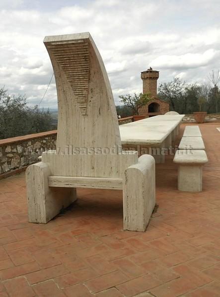 Arredo urbano e giardino in pietra il sasso di calamati il sasso di calamati - Tavolo in pietra giardino ...