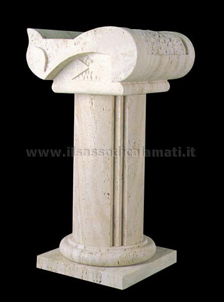 Capitelli e colonne in pietra per tavoli in cristallo for Come costruire colonne in stile artigiano