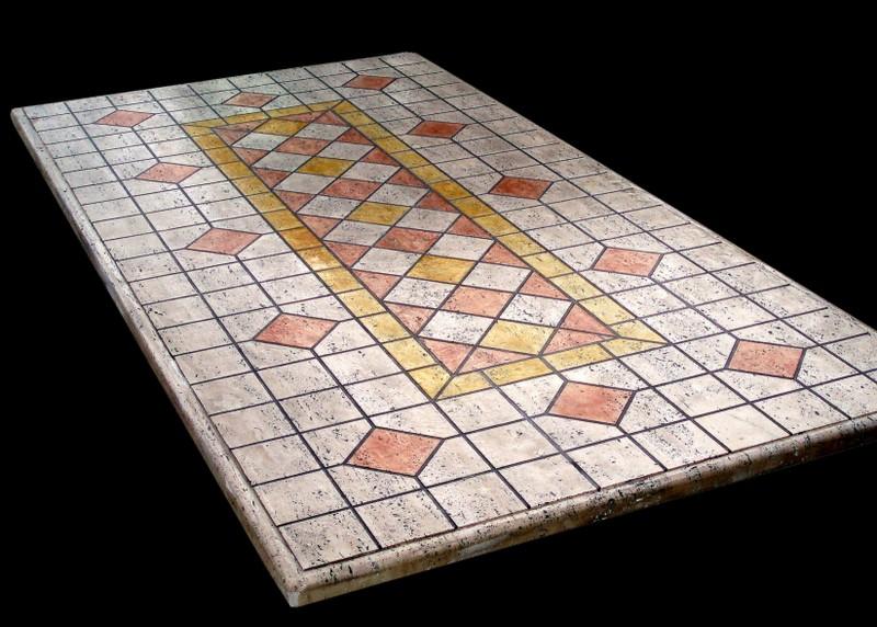 Tavoli da esterno in mosaico di pietra il sasso di calamati - Mosaico per esterno ...
