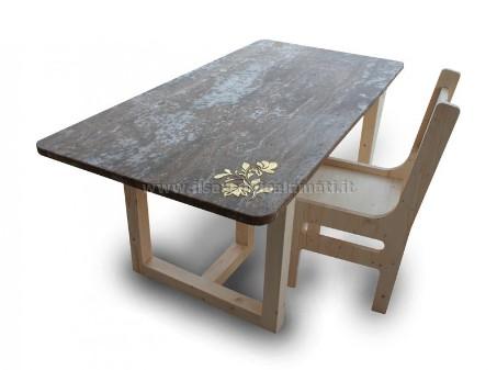 Tavoli particolari | Tavoli in pietra con inserti in ottone - Il ...