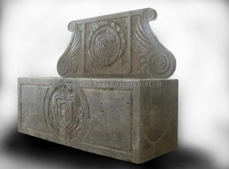 Vasca Giardino Pietra : Arredo urbano e giardino in pietra il sasso di calamati il